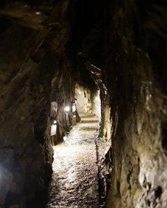 Grotte de pierre calcaire de Nippara - v2_8x10