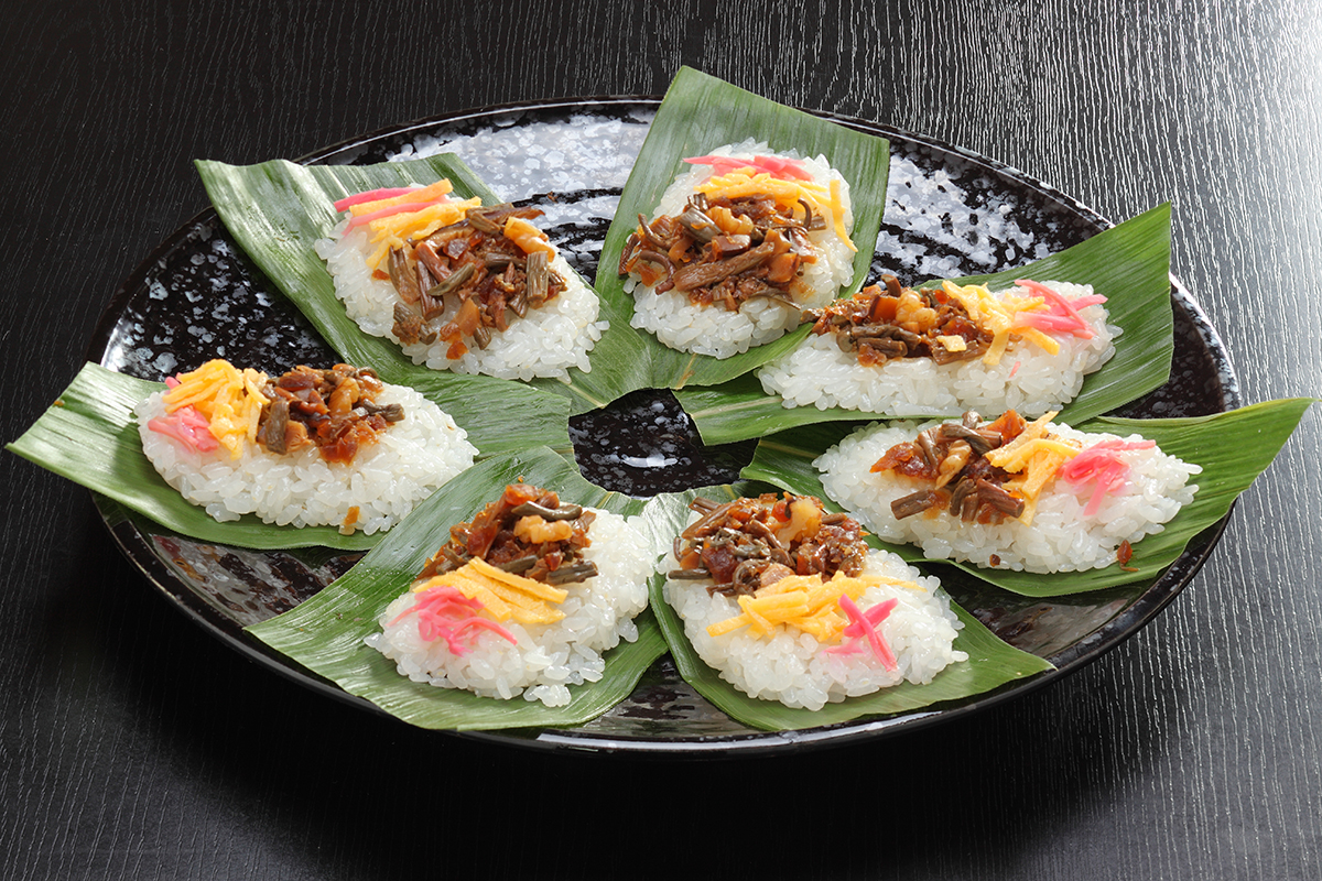 Sasazushi (Sushi sur feuilles de bambou)